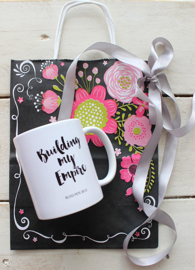 blog fete mug and bagB